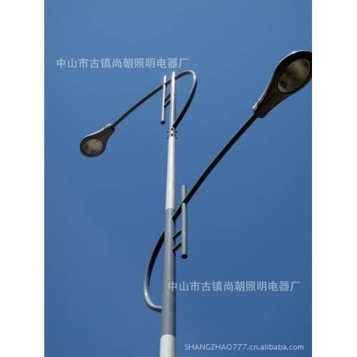 风光互补太阳能路灯 单臂一体化太阳能路灯 防水街道led路灯